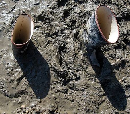 welly-boots-stuck-in-the-mud